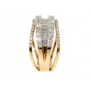 18K Round and Baguette Diamond Rose Gold Band